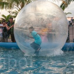 Running on water in a bubble (Manila)